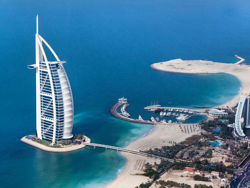 Promocja Emirates w klasie ekonomicznej i biznes