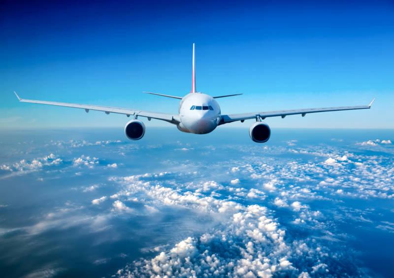 podróże służbowe, bilety lotnicze, linie lotnicze
