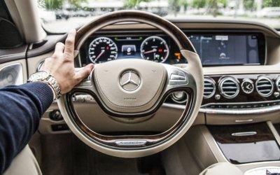 Wynajem samochodu – niezbędne informacje